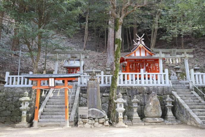縁結びのご利益で有名な恋志谷神社の写真