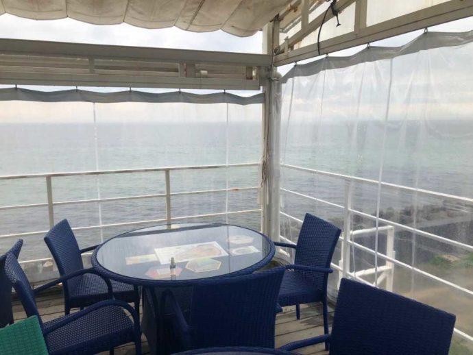 ミエレの海が見える席