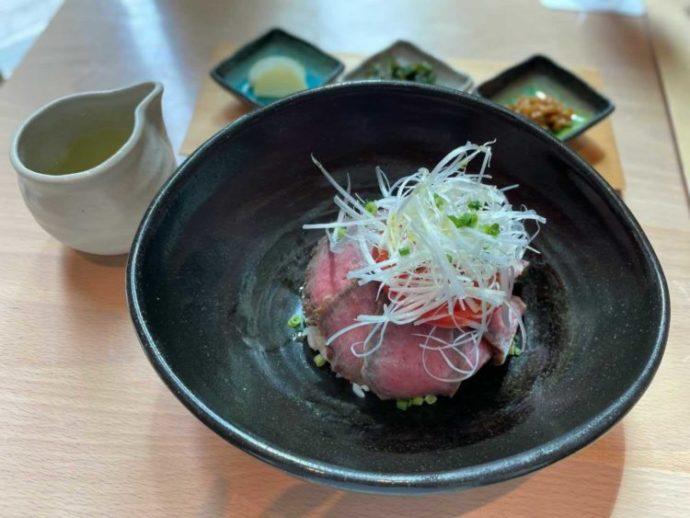「三重テラス」2階のレストランでいただける松坂牛ローストビーフ
