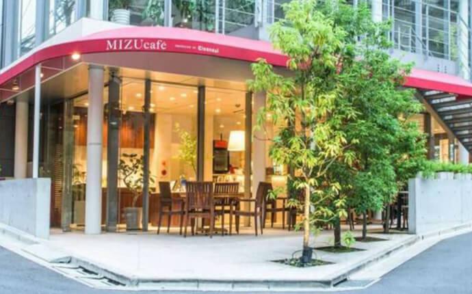 東京都渋谷区のカフェ「MIZUcafé PRODUCED BY Cleansui」の外観