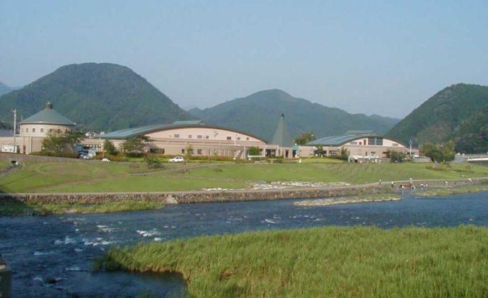 愛媛県松野町にある虹の森公園の全景