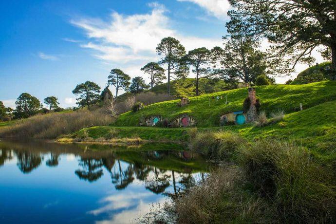 オンラインツアーMYDOのニュージーランド旅行ホビット村