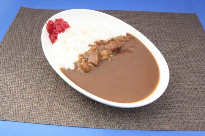 長崎県西海市にある「長崎バイオパーク」のレストランで提供される人気の佐世保の「蜂の家カリー」