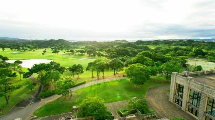 南紀白浜ゴルフ倶楽部のリゾート感あふれるゴルフ場