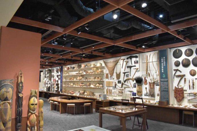 南山大学人類学博物館の館内写真