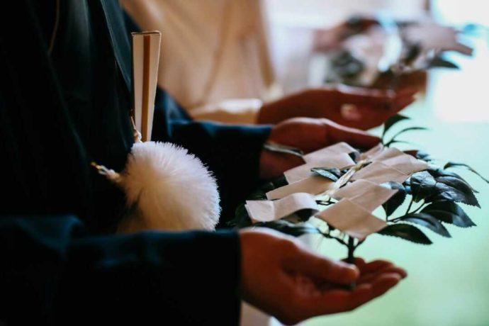 日光世界遺産ウエディングの結婚式で行われる玉串拝礼