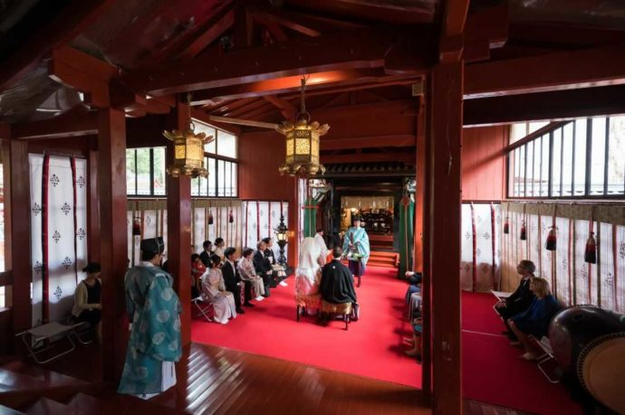 日光二荒山神社挙式場「渡殿」での挙式の様子