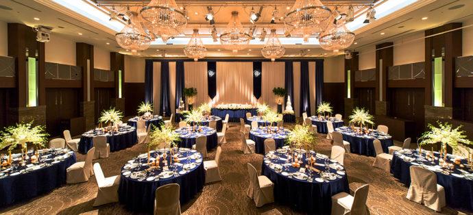 オークスカナルパークホテル富山の披露宴会場「鳳凰の間」
