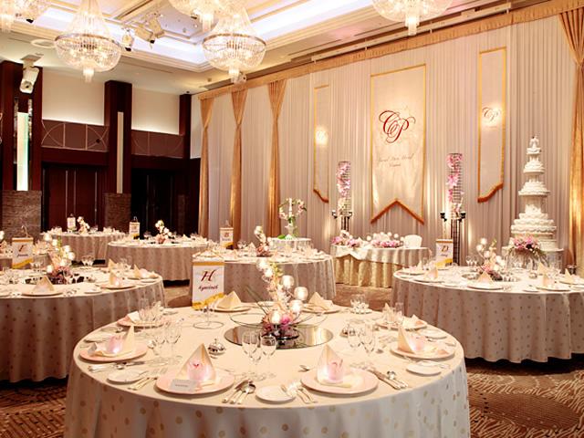 オークスカナルパークホテル富山のテーブルコーディネート「フェアリーハート」