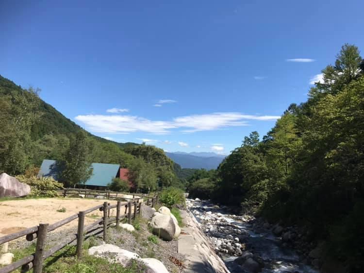 小黒川渓谷キャンプ場はキャンプやBBQ以外に楽しめるものはありますか