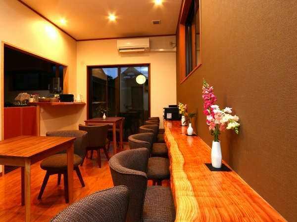 人吉温泉 相良路の湯 おおがのギャラリー・共有スペース