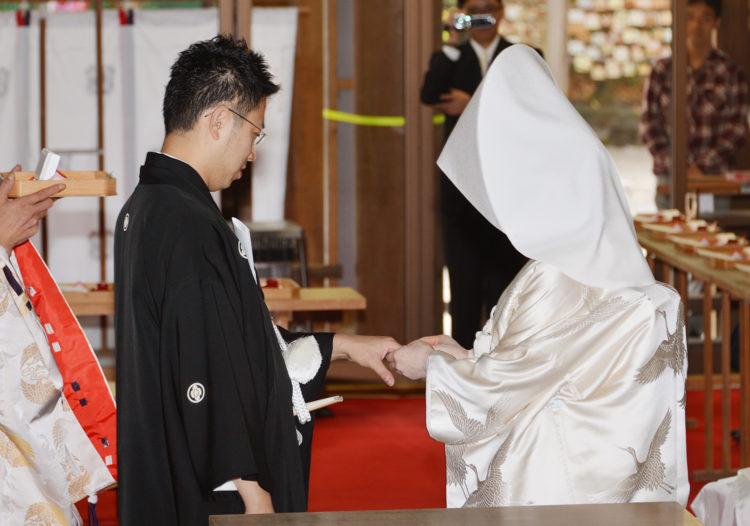 雄山神社前立社壇の神前結婚式へ参列できる人数