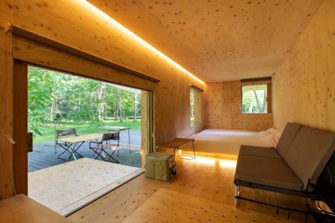 北海道余市郡にあるアカイガワ・トモ・プレイパークの住箱の内観