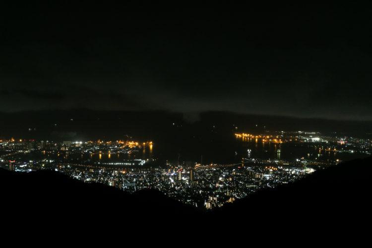六甲山サイレンスリゾート グリルから眺める夜景