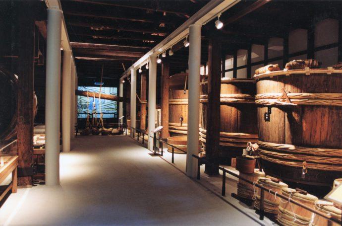 酒造館内の貯蔵庫