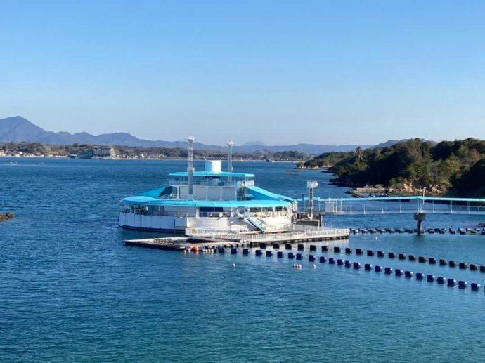 わくわく海中水族館シードーナツの近くで楽しめる遊覧船