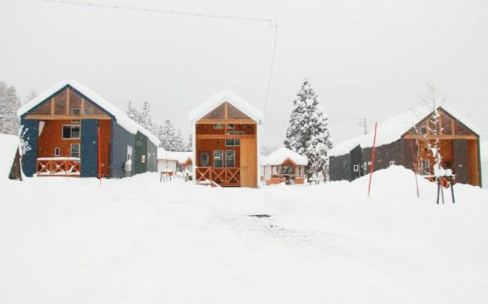 冬期の四季の郷のコテージ