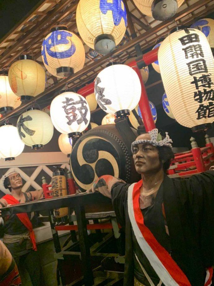 下田太鼓祭の太鼓台の展示コーナー