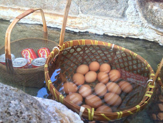 白浜エネルギーランド内の源泉でつくられている温泉たまご