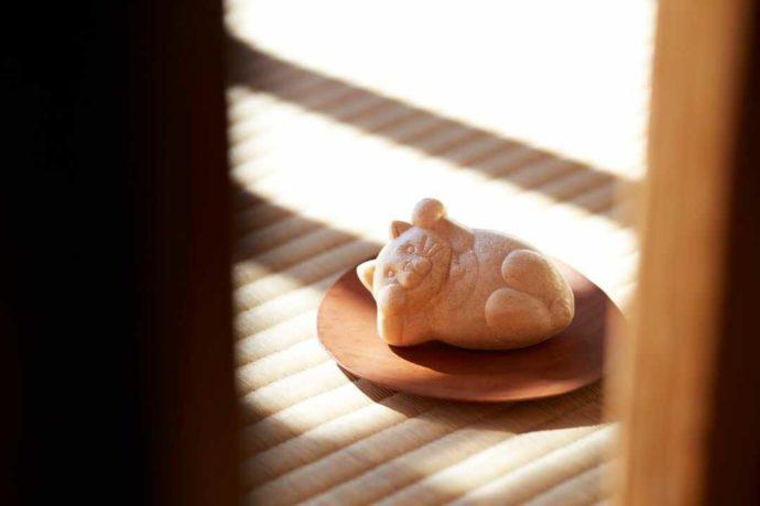 東京都墨田区にある「白樺 錦糸町テルミナ店」のたらふくもなか