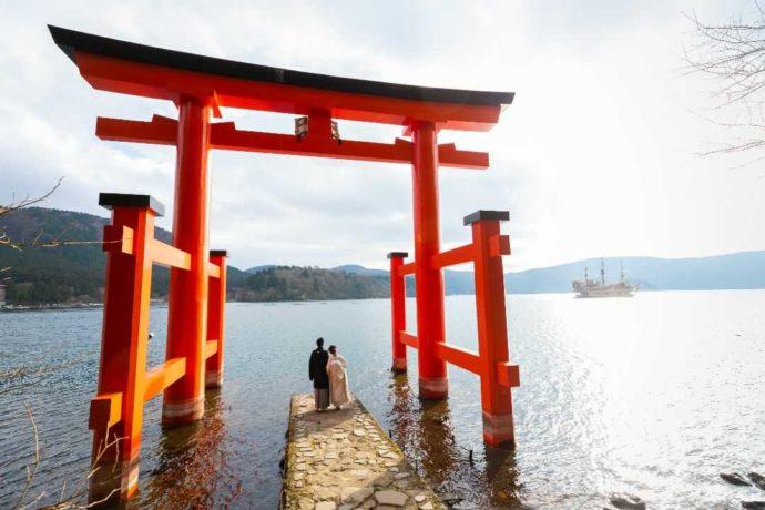 湘南プレミアムWeddingでは湖の神社で挙式もできる