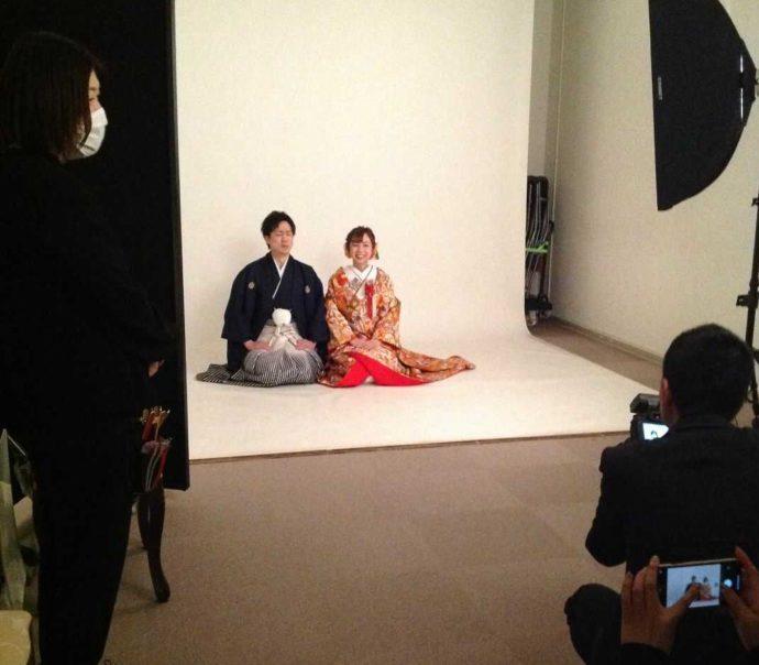 山形県・宮城県でフォトウェディングを行う「ソルテール」のスタジオ撮影の様子