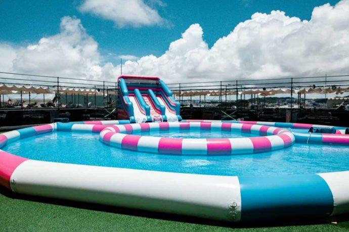 ステムリゾート ダイナソーミュージアムに設置された大プール