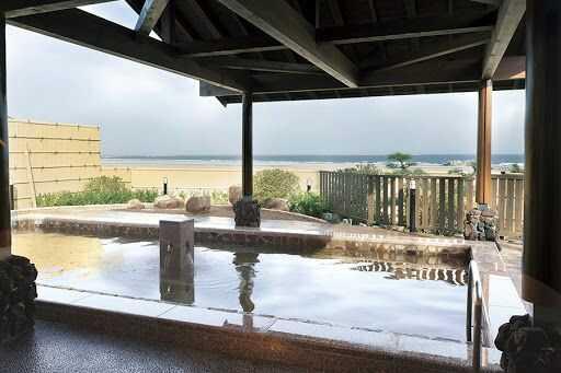 大洗サンビーチキャンプ場から徒歩3分の場所にある温泉・潮騒の湯