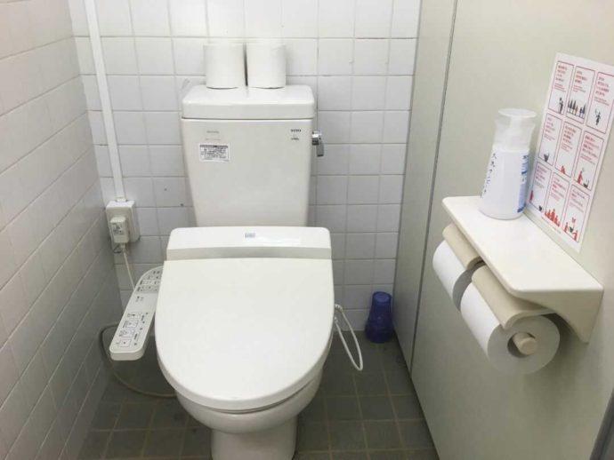 茨城県東茨城郡にある大洗サンビーチキャンプ場のトイレ
