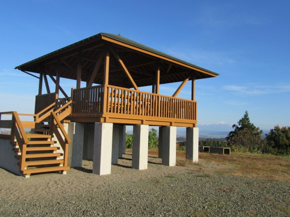 月山高原鈴木農園の見晴らし台
