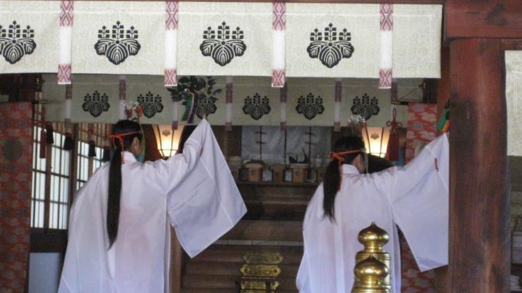 田縣神社の神前結婚式の招待人数について