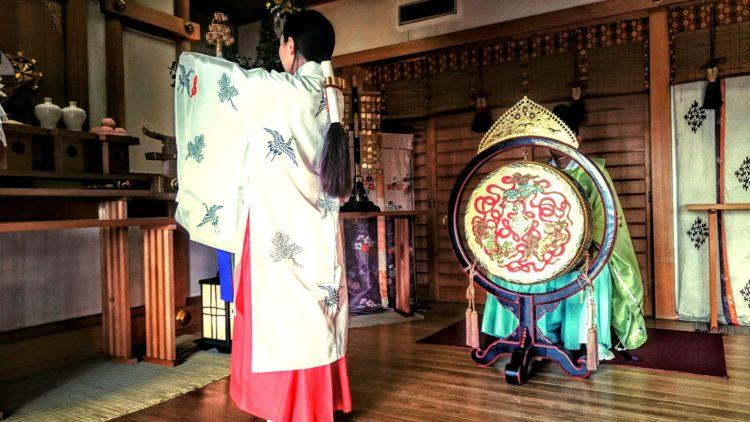 太郎坊宮の神前結婚式について