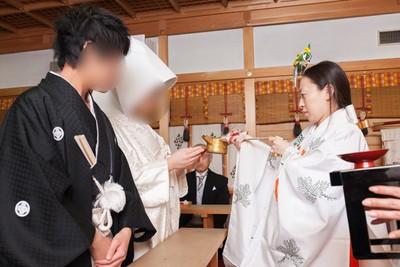 太郎坊宮の神前結婚式では実際にどのようなことを行うのでしょうか