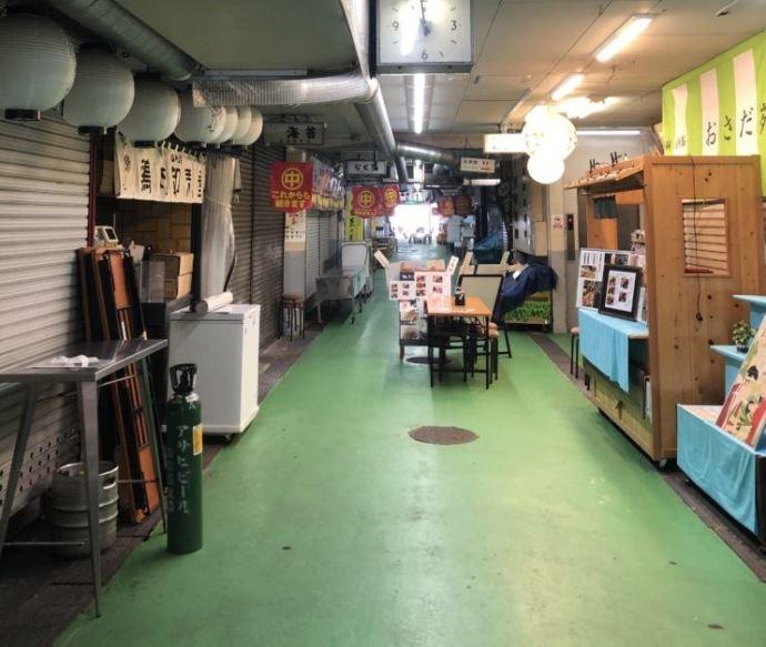 天ぷらとワイン小島の入り口