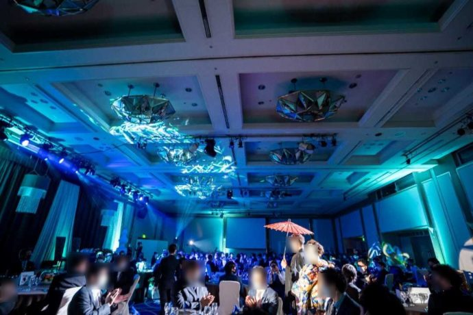 ザ・ニューホテル熊本の結婚式のアートな照明
