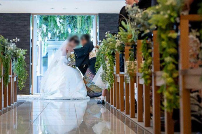 ザ・ニューホテル熊本のキリスト教式のベールダウンの様子