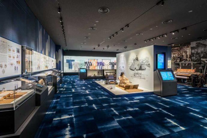 新潟県十日町市にある十日町市博物館の「織物の歴史」展示室