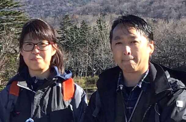 北海道・知床専門のウエネウサルみどりのスタッフたちがツアー場所の下見をする様子