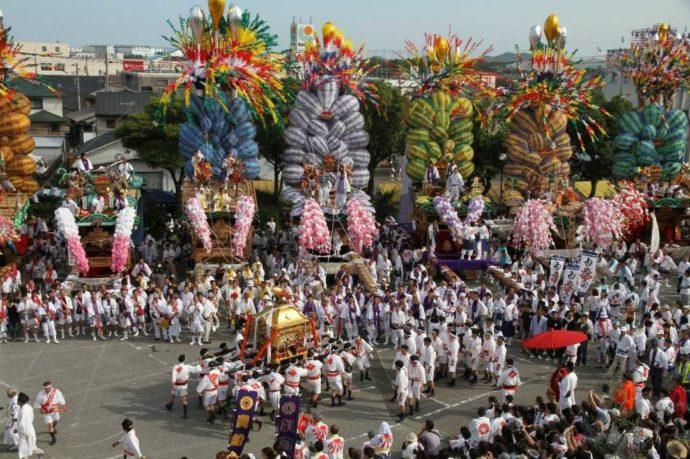 宇原神社で毎年秋に行われる宇原神社神幸祭の様子