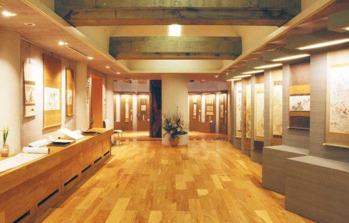 帆風美術館の館内の写真