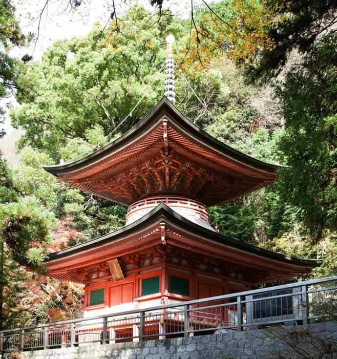 八栗寺を訪れた場合の見どころはどこですか