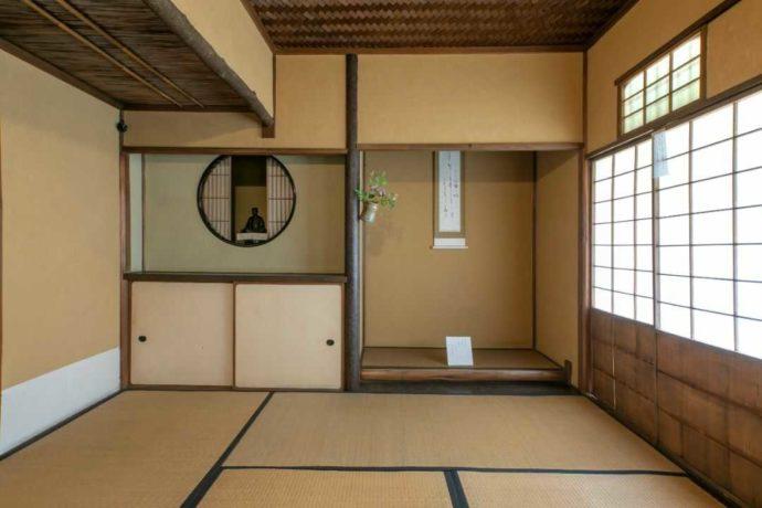 直方谷尾美術館の茶室