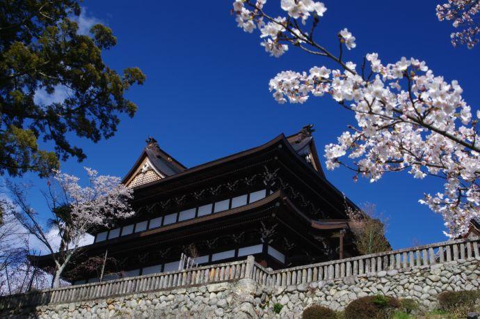 岐阜県関市にある関善光寺(宗休寺)本堂