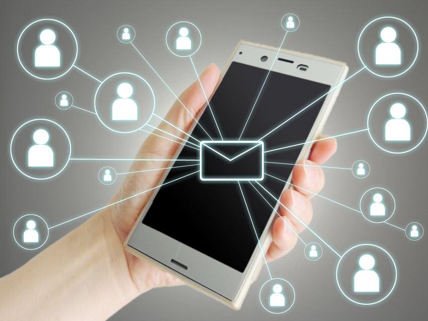 マッチングアプリのメッセージは複数人と同時進行