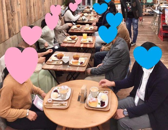 和歌山県自治体が主催する婚活イベントで楽しむ男女
