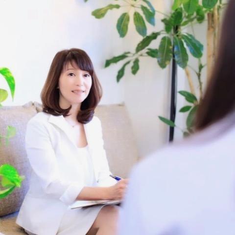 東京都港区北青山の結婚相談所「ブライダル・ハッピーフェアリー青山」の代表鈴木まこさん