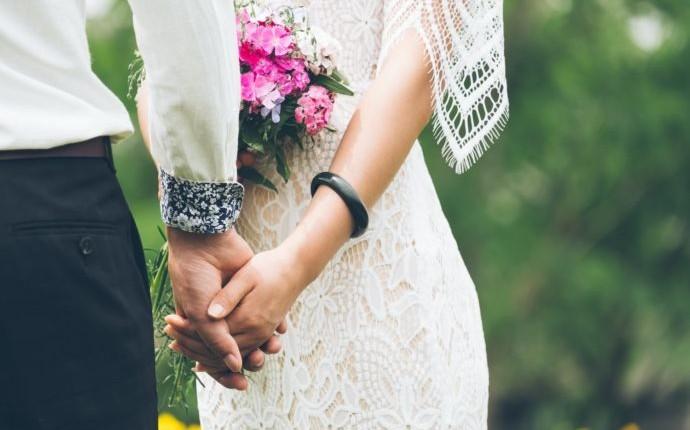 コロナで恋愛や結婚はどう変化した?コロナ禍の結婚・恋愛事情を調査!
