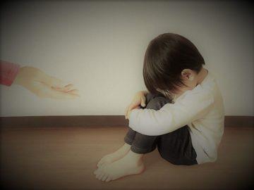 【お金がない】シングルマザーの貧困!シンママ20人に聞いた貧乏脱出法