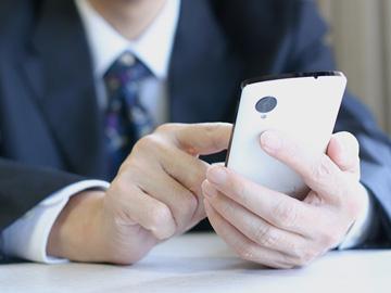 【写真つき】マッチングアプリ有料会員の解約方法!自動更新の停止は必須!
